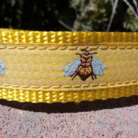 "Dog Collar - Bees on Honeycomb - 1"" Quick Snap"