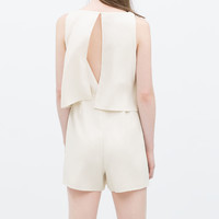 Short jumpsuit with cape top