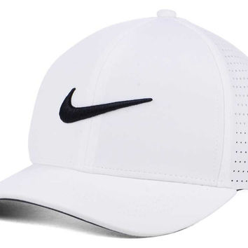 Nike Golf Classic Performance Cap | lids.com