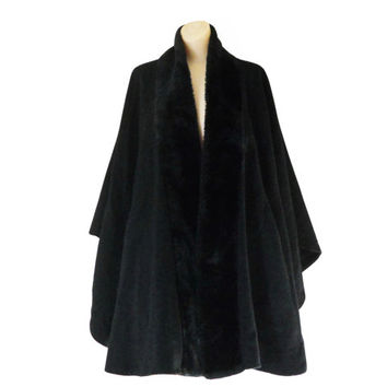 Vintage Black Poncho Coat Wool Poncho Winter Poncho Faux Fur Poncho Black Cape Coat Winter Cape Coat Women Cape Coat Black Wool Cape Coat