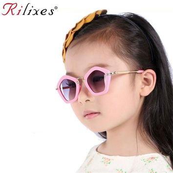 RILIXES Hipster Rivet Kids Sunglasses Children Sun Glasses Square Baby Sun-shading Eyeglasses UV400 Boys Girls Baby Goggles
