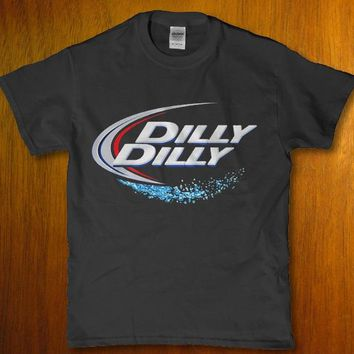 Dilly Dilly drinking Beer awesome bar party drunk Men's t-shirt