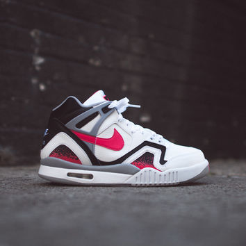 NIKE Air Tech Challenge II - White / Hot Lava