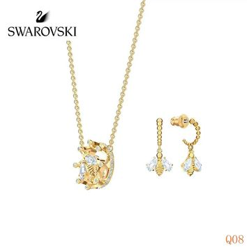 HCXX 19Sep 917 Swarovski BEE A QUEEN Set Hourbon Necklace Stud Earrings