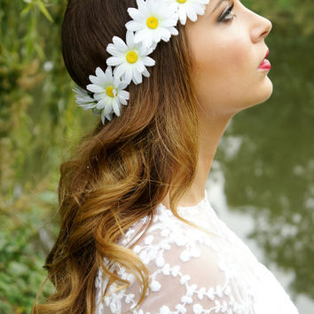 Daisy Chain Flower Crown/Garland Halo - Floral crown - Headband - Festival wear - boho hippie hipster white daisy crown, alice in wonderland