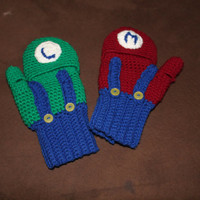 Mario and Luigi fingerless gloves