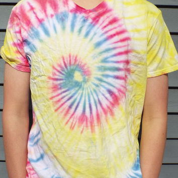 Vneck Tie Dye Shirt, Adult Medium Tie Dye TShirt, V neck Tie Dye Tshirt, Hippie Shirt, Retro, Boho, 60s Shirt, Festival Wear, Cruise Shirt
