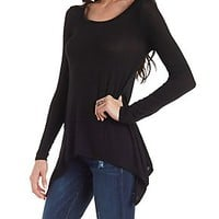 ASYMMETRICAL HEM SCOOP NECK TEE