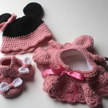 Minnie Mouse crochet set hat/diaper cover tu-tu skirt/booties Newborn to 12 months Adorable photography prop