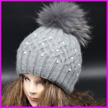 Top Quality New Fashion Lady Skullies Beanies Winter Hat Cap With Real Fur Pom pom Ball Women Wool Knitted Fur Hats