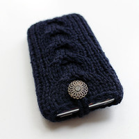Knitted iPhone iPod Cover Navy Dark Blue by GoodWeather on Etsy