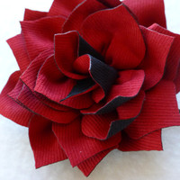 Christmas Flower Bobby Pin in Red / Black