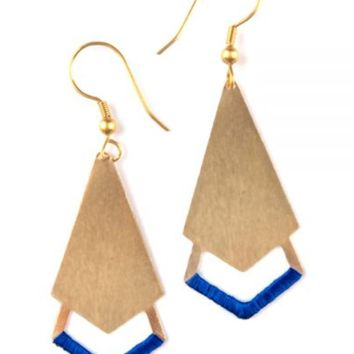 Threaded Arrow Earrings in Gold