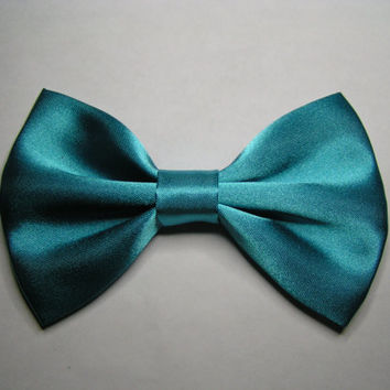 Hair Bow - Aqua color satin hair bow clip, fabric hair bow, large fabric bow, hair barrette, satin bow