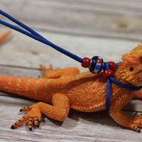 REPTILE LEASH ADJUSTABLE Leash harness - Adjustable to fit any size Leash come in 4ft and 7ft Lengths