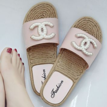 GUCCI 2018 flat casual feet shoes imitation Ma massage bottom exposed toe beaded sandals Pink