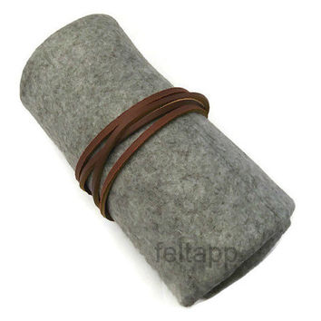 Wool Felt  Watch Roll, Tool Roll, Roll Pencil Case with Leather Cord, Grey Melange Color, 5 Slots.
