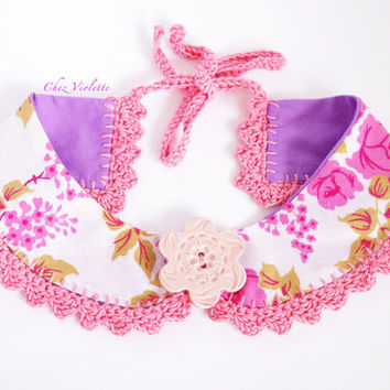 Peter Pan Collar Pink crochet Vintage Fabric Necklace Ceramic Button