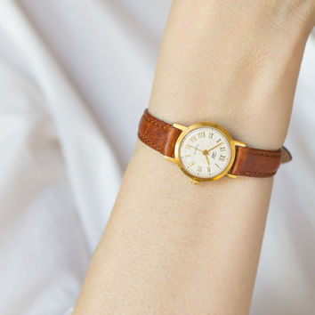 Gold plated women's watch Zaria – classical lady watch minimal - shockproof woman watch wind up - dust protected watch - new leather strap