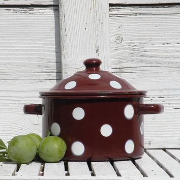 French vintage enamel casserole dish pot - Polka dot enamel pot - French enamelware - country home - shabby chic - French farmhouse –