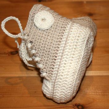 baby converse high tops boots, luxury, bamboo, baby converse shoes, crochet baby booties, 3-6M, crochet baby clothes, handmade, oyster cream