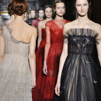 VALENTINO - Fashion Show, Haute Couture, Ready to Wear, Accessories, Rockstud, Eyewear, News, Stores.