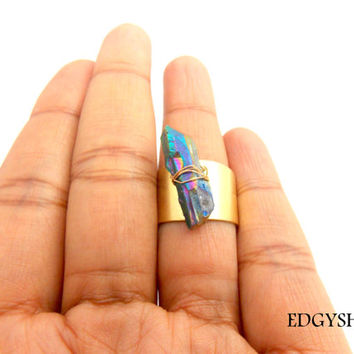 Quartz Point Ring, Titanium Quartz, Brass Ring, Aura Quartz Ring, Wire Wrapped Peacock Quartz Ring, Edgy Brass Ring, Wide Band Ring