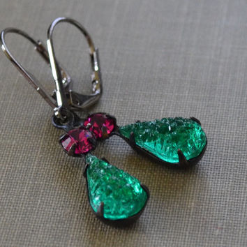 Emerald and Fuchsia Earrings, Glass Drusy Estate Earrings, Gunmetal Lever Back, Vintage Emerald Druzy Earrings, Old Hollywood