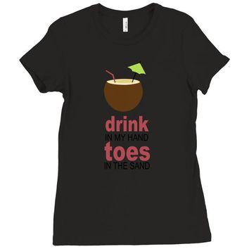 drink in my hand Ladies Fitted T-Shirt