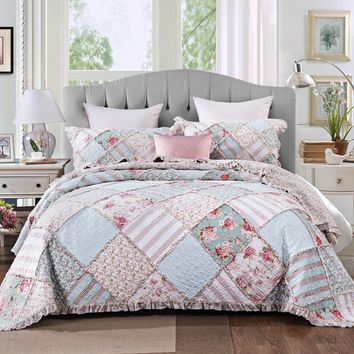 DaDa Bedding Hint of Mint Floral Pastel Cotton Patchwork Ruffle Bedspread Set (JHW-3036)