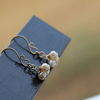 Ear Rings Gold Metal Pearls White Wire Wrapped Jewelry handmade Bridal Wedding Contemporary Luxe Style
