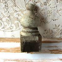 Vintage Newel Post , Wooden Finial , Architectural Wood , Old Wooden Finial , Chippy Paint , Salvaged Wood , French Country Decor , Rustic