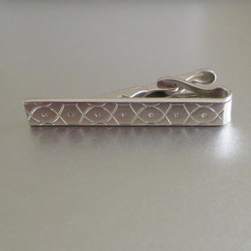 Vintage Swank Tie Clip, Handsome Geometric Engraved Silver Tone Metal, Retro Wedding Event!