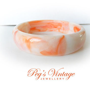 Vintage Peachy Swirl Lucite Bangle//Bracelet, Marble Peach And White Color Bangle