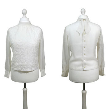 1960's Vintage Blouse | White 60's Blouse | UK16/18 | Button Back Blouse | Long Sleeved Top With Buttoned Cuffs And Embroidered Front