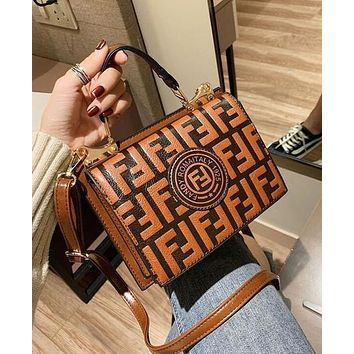 FENDI Hot Sale Women Shopping Bag Leather Handbag Bag Shoulder Bag Crossbody Satchel Brown