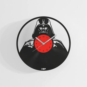 Darth Vader wall clock from upcycled vinyl record (LP) | Hand-made gift for music lover | Star Wars fan wall decoration | Housewarming gift