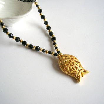 Black onyx necklace ,Tulip necklace , Mother's day gift