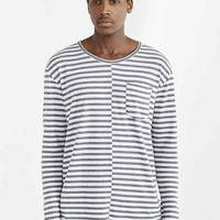Feathers Long-Sleeve Curved Hem Crew Neck Stripe Tee-