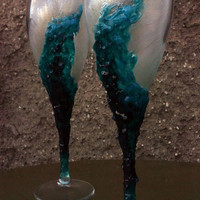 Geode wedding theme Set of 2 hand painted decorated champagne flutes Geode design in turquoise color