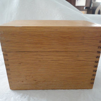 Vintage Dovetail Wood Hinged Recipe Storage Box Index Card Box