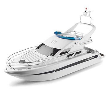 Saint Princess Yacht Remote Controlled by Hobby Engine