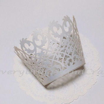 Cupcake Wrappers Wedding | Cupcake Liners | Decoration Party Baby Shower Birthday Thanksgiving  | White Pearly Elegant  Filigree (12pcs)