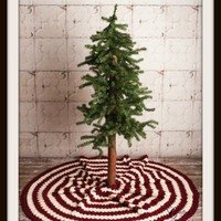 PATTERN: Diamond Christmas Tree Skirt
