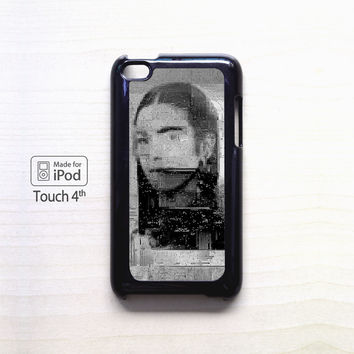 Sad girls on the painting for Ipod 4/Ipod 5 apple case