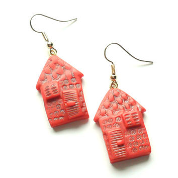 Polymer clay earrings little houses red dark orange distressed house shaped dangle earrings