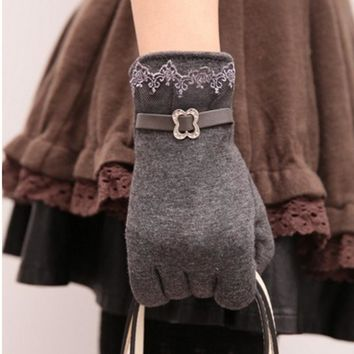 5 Colors New Women Ladies Lace Touching Screen Gloves Winter Autum Warm Vintage Fashion Gloves Hands Protection Supplies