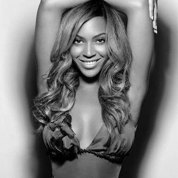 Beyonce Poster Standup 4inx6in black and white