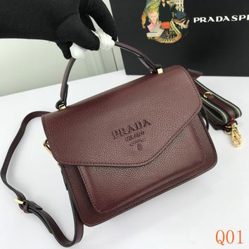 HCXX 19Aug 939 Prada Double Shoulder Strap Flap Bag Fashion Frame Bag 22-16-5cm