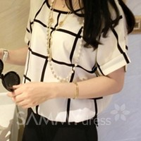 Stylish Scoop Neck Plaid Short Sleeve Chiffon T-Shirt For Women